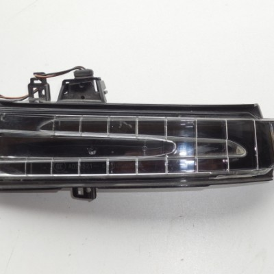 Ayna Sinyal Lambası Mercedes CLA Serisi